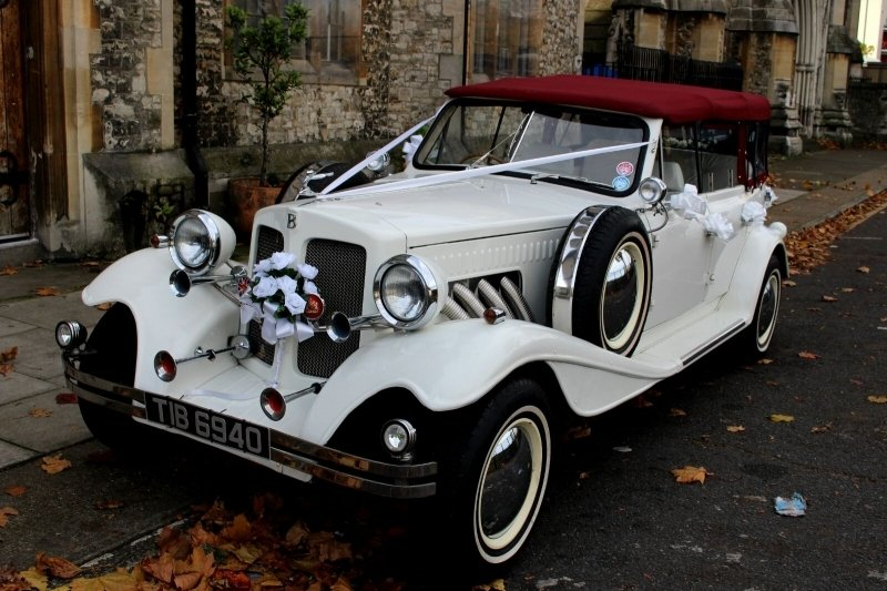 Vintage Style Beauford Covertable Lux Wedding Car Hire
