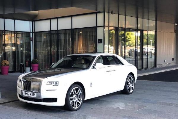 Rolls Royce Ghost White