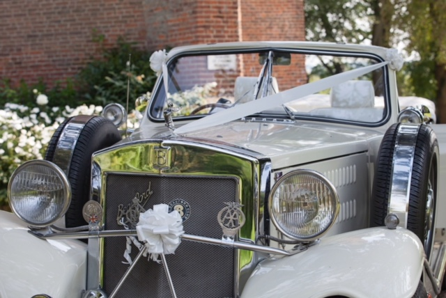 luxury cars for wedding hire